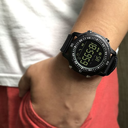 Tact-Watch-On-Hand